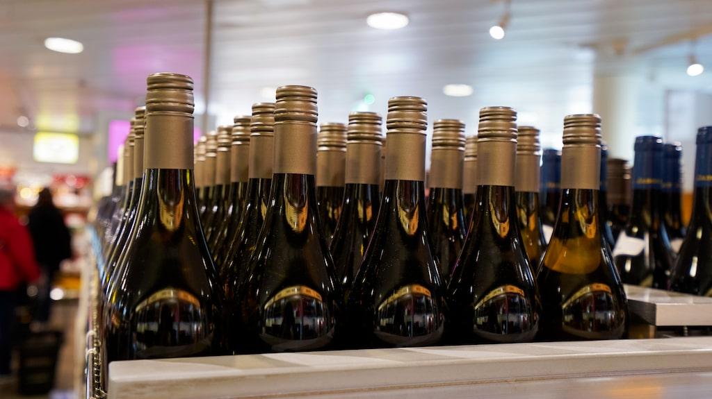 Systembolaget säljer hundratals miljoner liter av sina drycker.