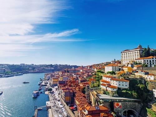 Med sin vackra arkitektur och mysiga småhotell är Porto en perfekt weekendstad.