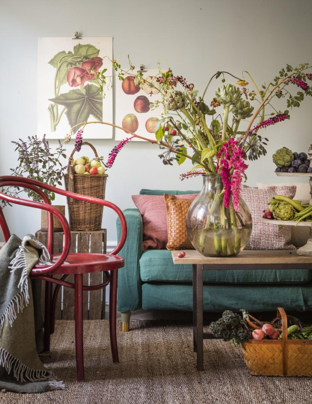 <p>Härlig vardagrum inspirerat av höstens skördefest! Bladgrönt, pumpaorange och rödlöksrött.<br></p>