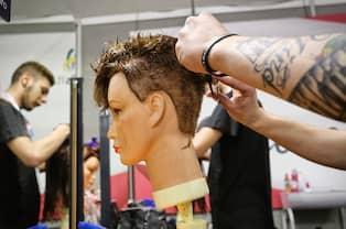 utbilda sig till frisör