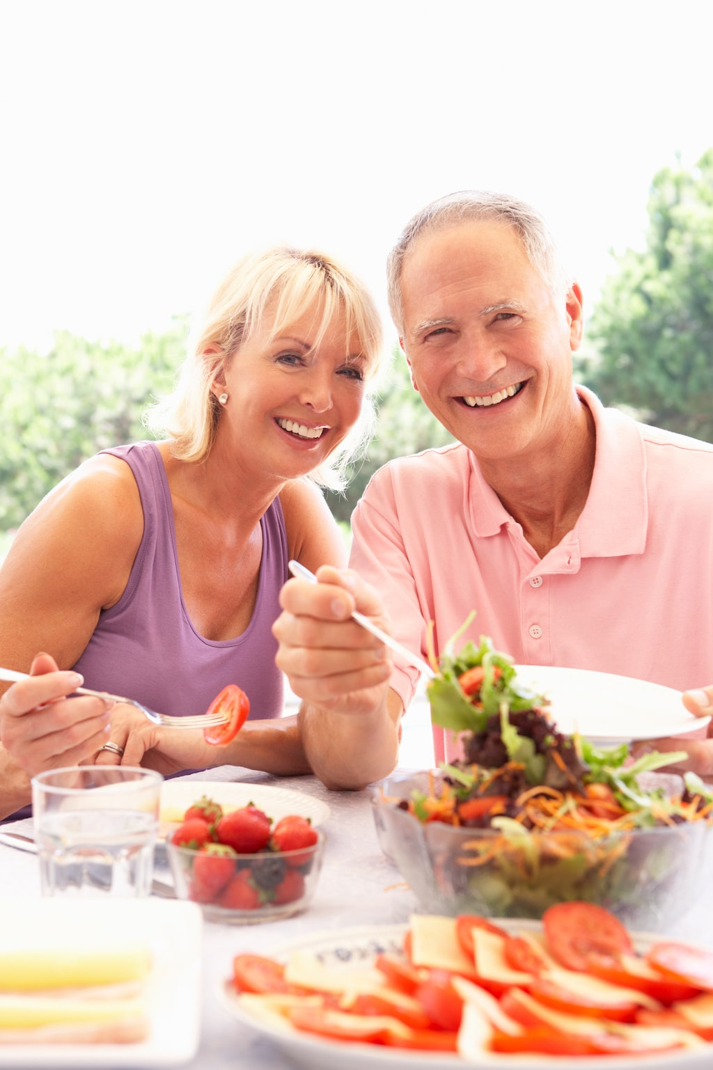 Goda matvanor tillsammans med regerlbunden fysisk aktivitet minskar risken för en lång rad sjukdomar.
