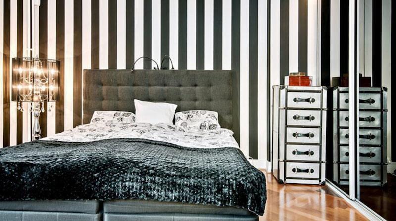 Master bedroom – ett av husets alla sovrum.