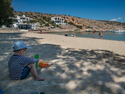 Stranden på Iraklia är barnoch familjevänlig.