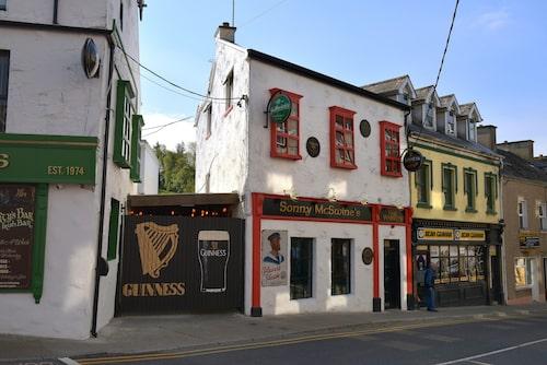 Irländarna älskar sin Guinness, och att sjuga.