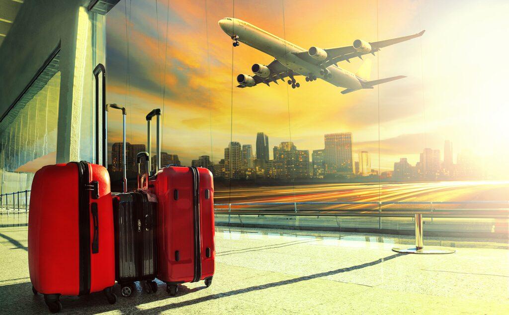 Ladda för semestern. Men var inte handlingsförlamad om det skulle gå fel med flyg eller bagage.