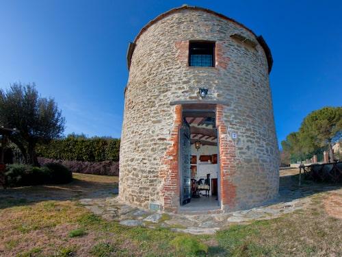 Tuoro sul Trasimeno har ett utsökt läge, precis på gränsen mellan Toscana och Umbrien.