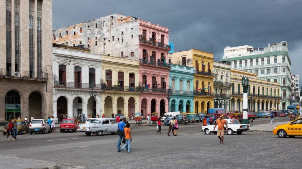 2013 hävdes det 54 år gamla förbudet mot import av utländska bilar till Kuba.