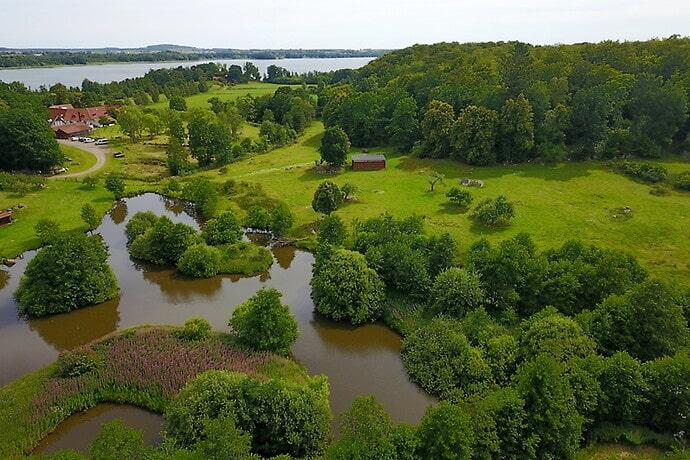 Gården är 24,5 hektar.