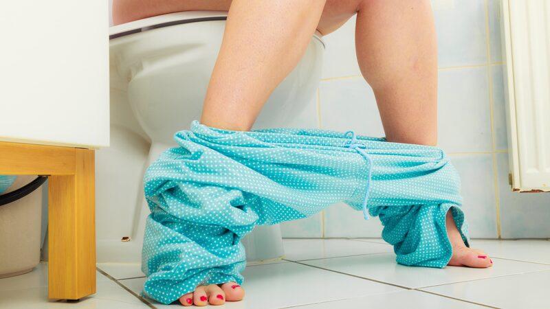 Toalettpapper är en produkt som ingen slipper undan... Men visste du att de gamla romarna använde rännor med rinnande vatten och tvättsvampar, medan vikingarna i Norden sägs ha nyttjat trasor, djurben och ostronskal?!