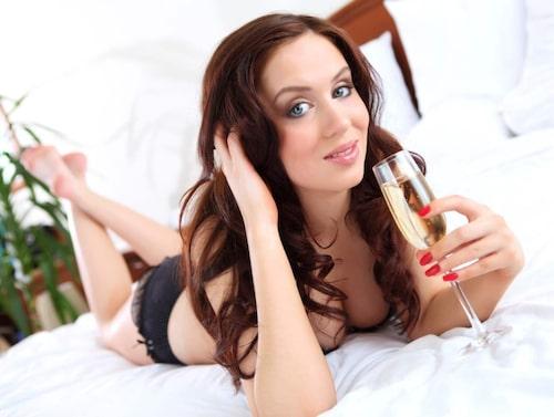 Nu vill du känna fysisk närhet och uppleva sexuell bekräftelse av en härlig partner.