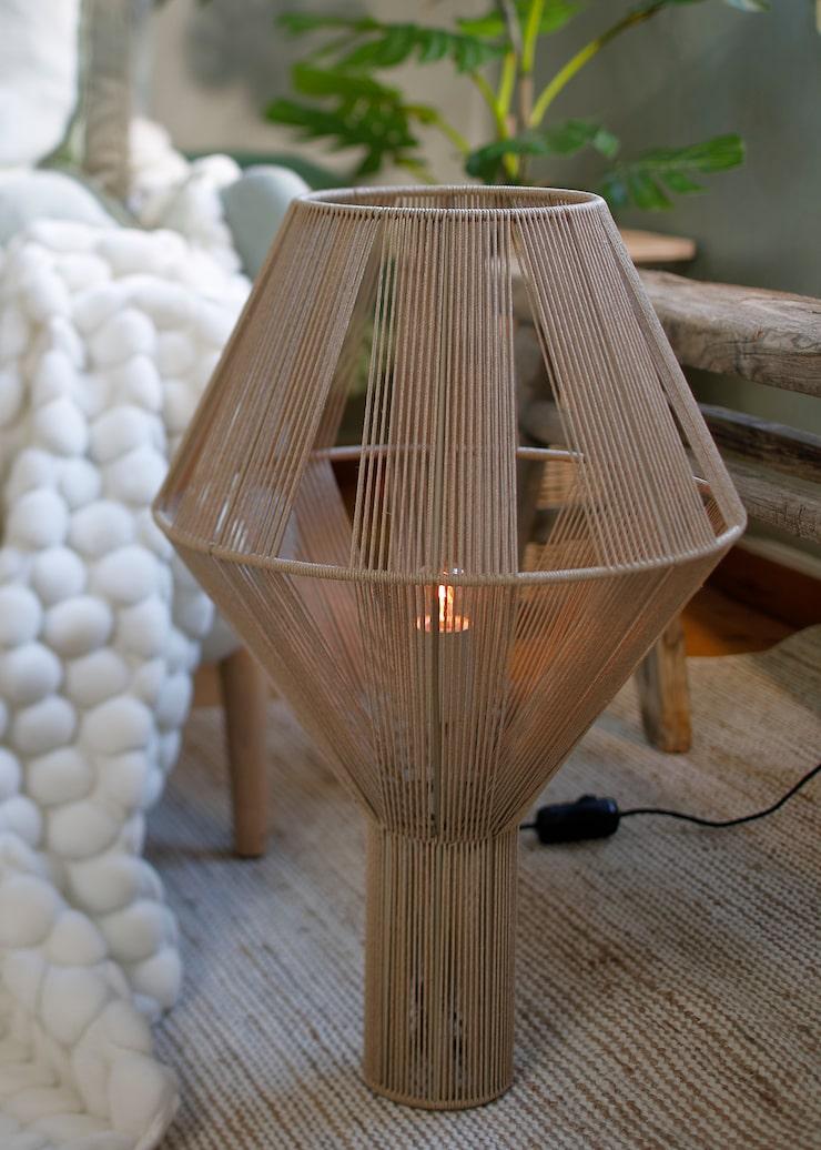 Lampa Spin, 3599 kr, Pholc.