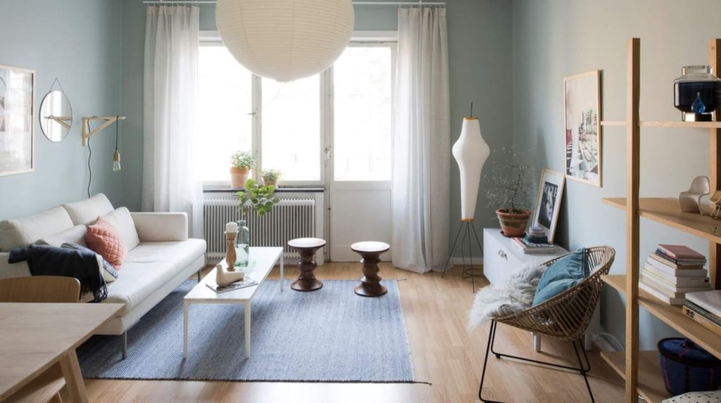 <p>Sophie Darcys lägenhet i Stockholm såg inte ut så här när hon bestämde sig för att sälja. Men hon testade att styla lägenheten. Bläddra för att få se före- och efterbilder.</p>