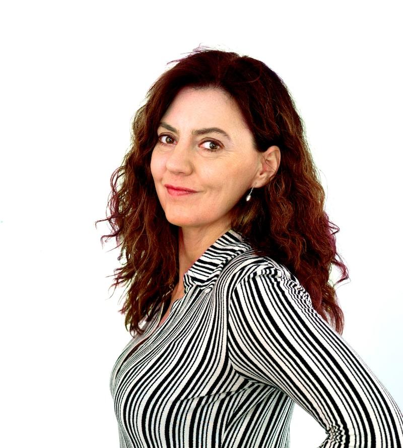 Inredaren och textildesignern Maria Löw ger sina bästa tips på hur du väljer rätt färger i år.