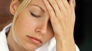 långvarig huvudvärk och trötthet