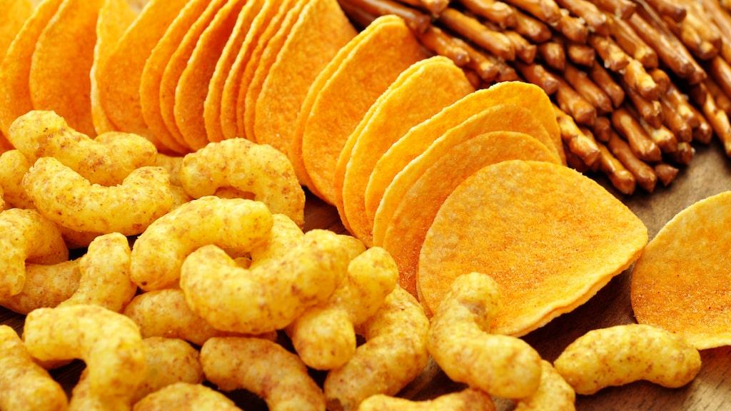 Både ostbågar och chips gör sig fint till kända vinstilar.