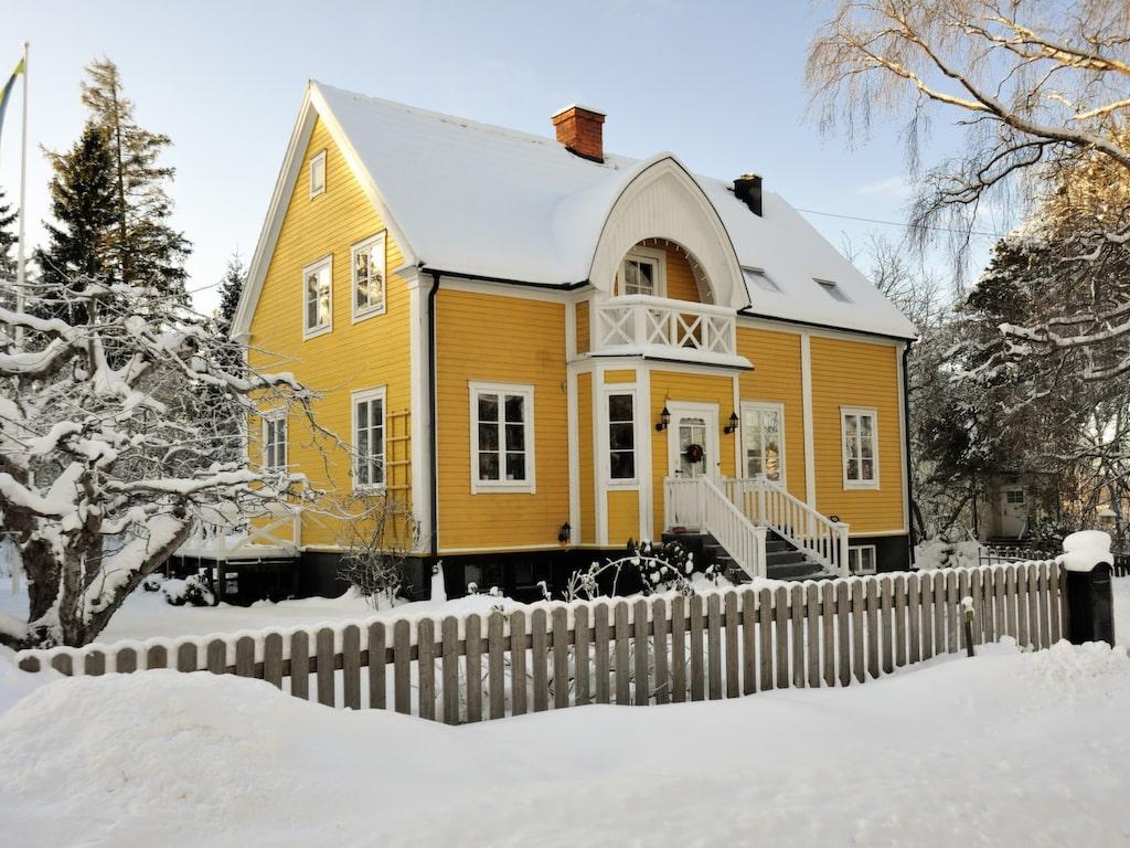 Håll värmen i vinter. Med ett värmesystem som passar för er hustyp blir uppvärmningen bäst.