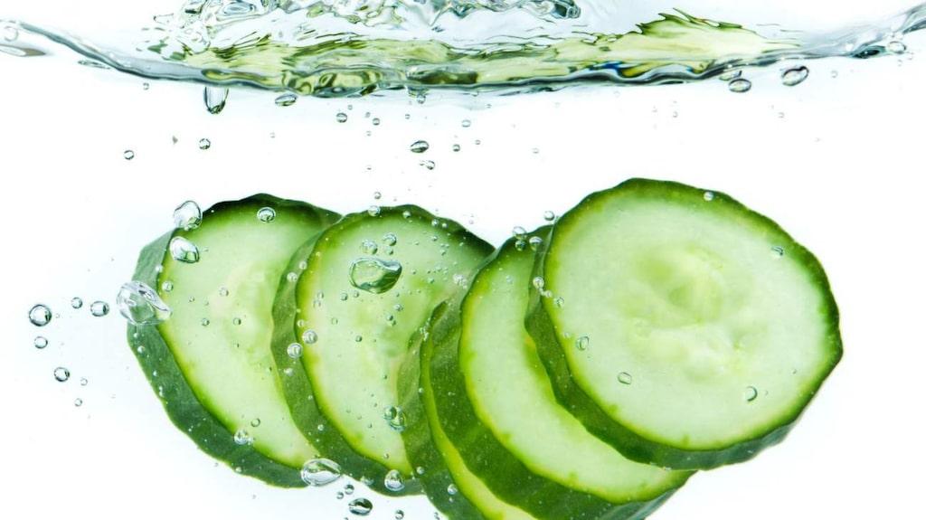 Gurka innehåller antioxidanter och C-vitamin som är viktigt för kroppen.