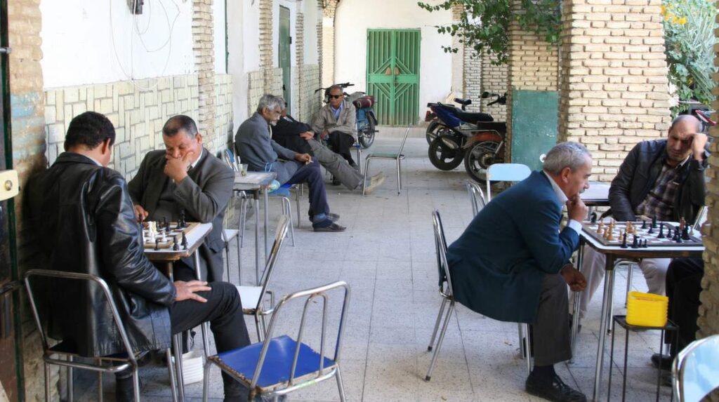 Charmiga staden Tozeur är fortfarande opåverkad av turismen.