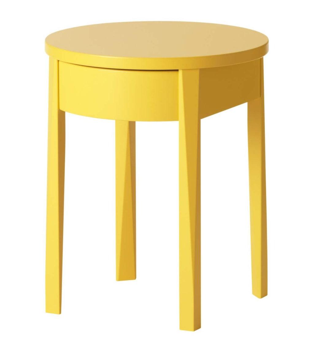 Färgklick. Gult sängbord, Stockholm, 42x42 centimeter, 799 kronor, Ikea.