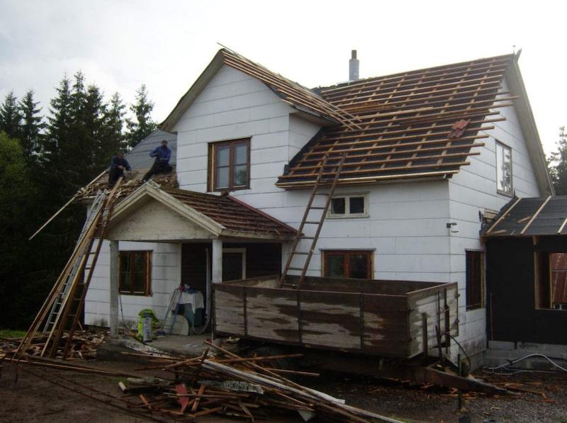 Här är huset när det påbörjar renoveringen.