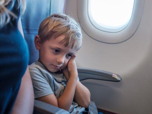 Att resa med förkylning är inte bra för öronen.
