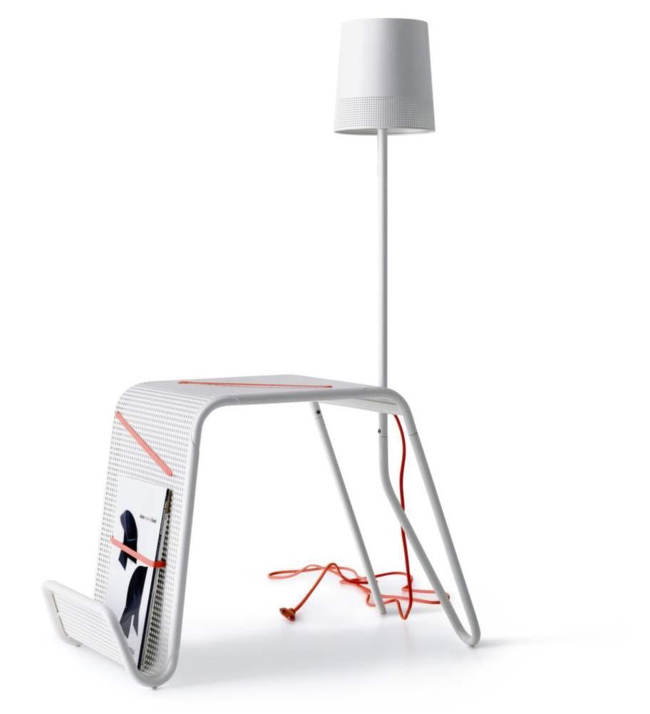 Sidobord med lampa. Från Ikea PS 2014. Form av Tomek Rygalik. 699 kronor, Ikea.