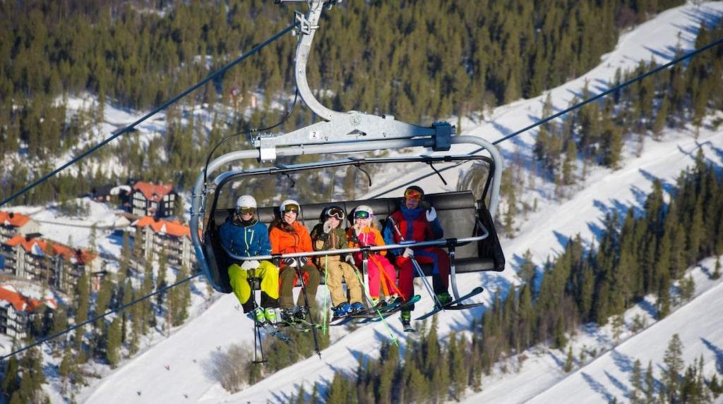 Vemdalsskalet i Sverige skruvar upp tempot och byter ut den gamla Hovdebanan-liften mot en sexstolig expresslift som fördubblar kapaciteten.