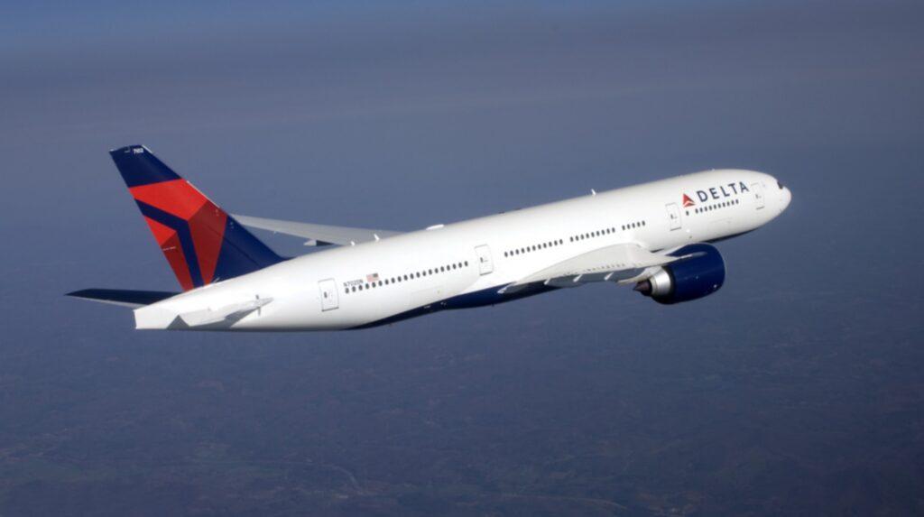 <p>Delta Airlines är ett av flera bolag som kastar av dig om du luktar äckligt.</p>