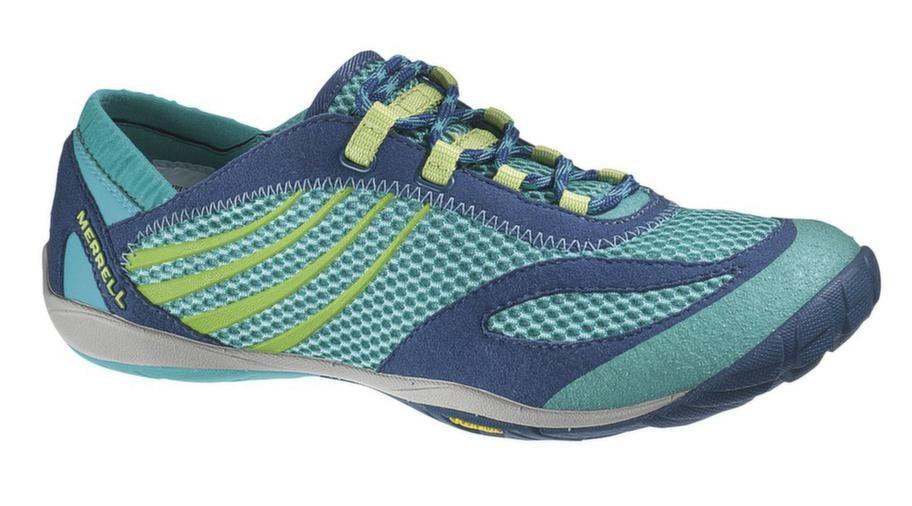 SKOR FÖR LÖPNING<br>Pace glove, Merell.<br>Barfotasko som är speciellt designad för kvinnor. En fjäderlätt sko med Vibram-sula som effektivt skyddar dina fötter från stenar och rötter. Cirka 1 100 kronor, www.merrell.com/SE/sv