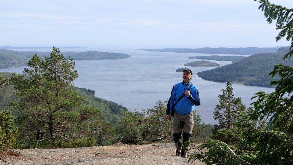 Mjältön, Sveriges högsta ö, hittar man sju mil norr om Härnösand.