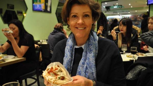 L'as du Fallafel i Marais serverar världens godaste falafel.
