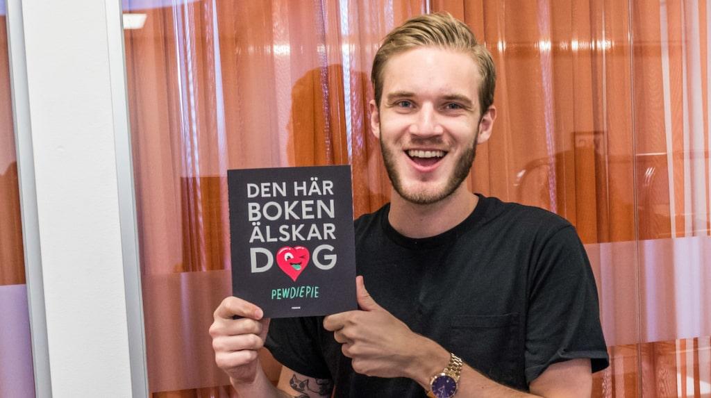 Svenska Pewdiepie som har en följarskara på nästan 50 miljoner människor - och tjänar mer än så i kronor, per år!