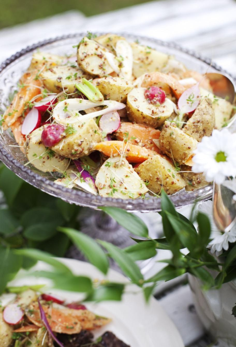 Rädisor<br>Serveringstips: Ät dem som de är, servera dem i en sallad eller gör en potatissallad med rädisor.