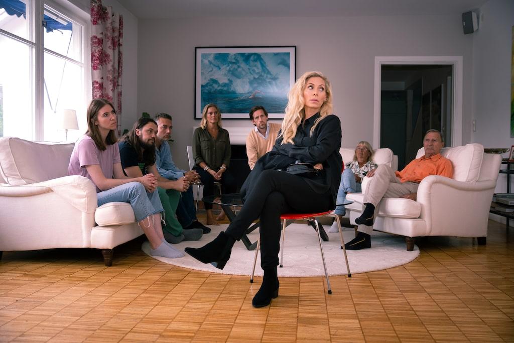 För första gången har Eva Röse valt att medverka i en reklamfilm – där hon spelar Blocket-beroende, något som inte ligger allt för långt borta från verkligheten.