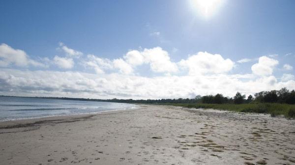 Sudersand har blivit nominerad till Sveriges finaste sandstrand flera gånger.