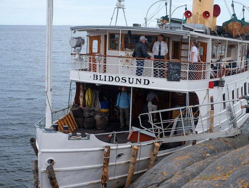 Ångbåten Blidösund på Röden.