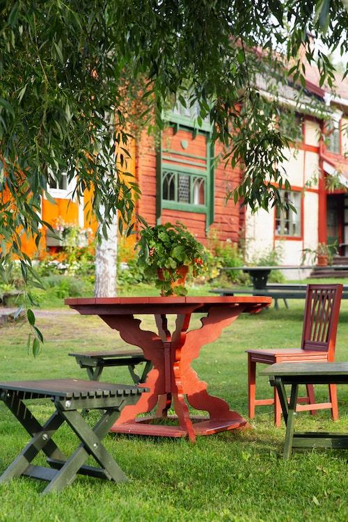 Vackra trädgården på Lilla Hyttnäs.