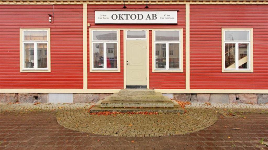 Huset ligger i Bollebygd.