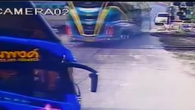Tag rammade buss manga doda