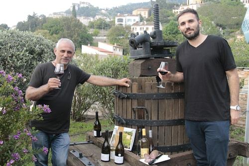 Pierre-Marie och François Novella har en vingård i byn Oletta.