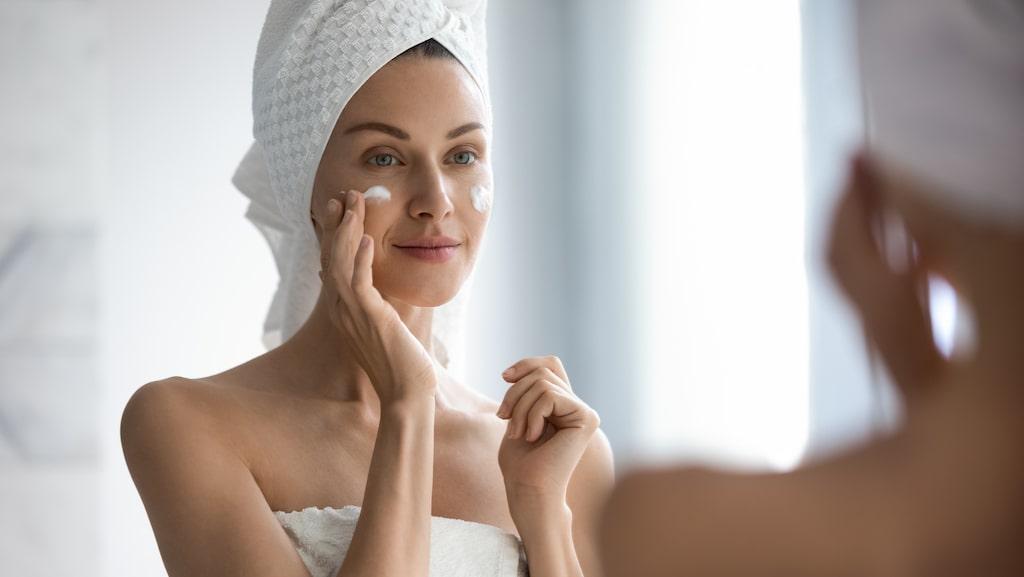 Gör din egen ansiktsmask – billigt och enkelt.