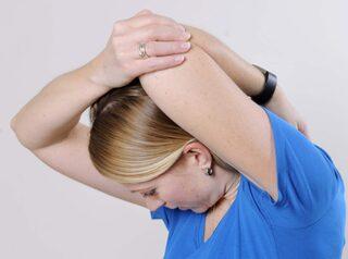 huvudvärk vänster sida bak
