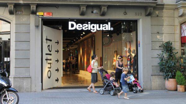 En annan fyndbutik från klädkedjan Desigual.