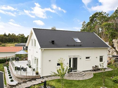 Villa Eksjö från Smålandsvillan.