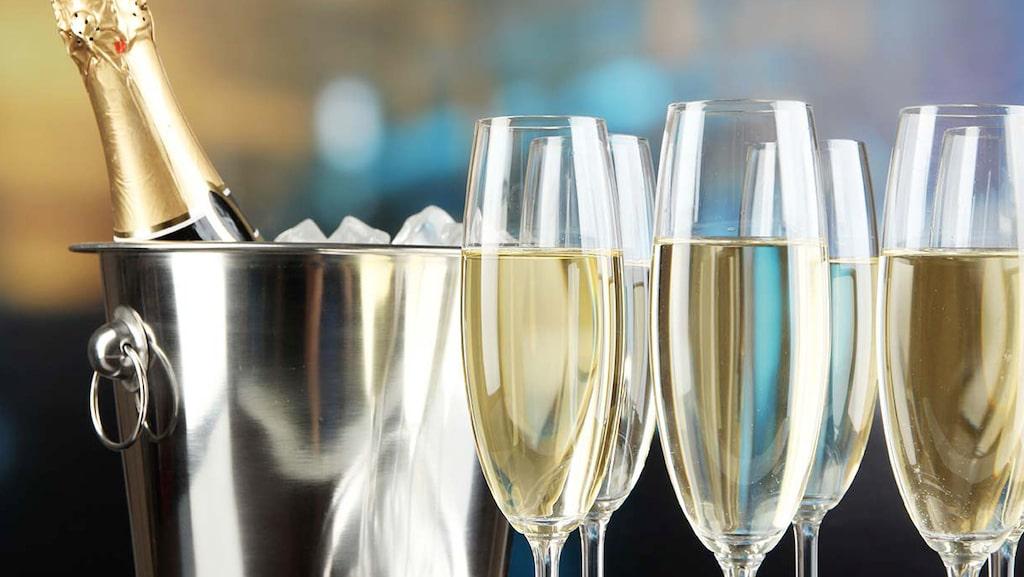 Champagne är känd som världens lyxigaste dryck och har lovprisats av många kända personer genom världshistorien.