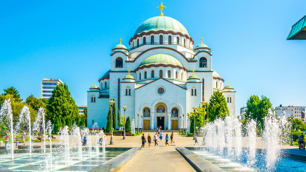 Sankt Savas tempel är en av staden mest kända landmärken.