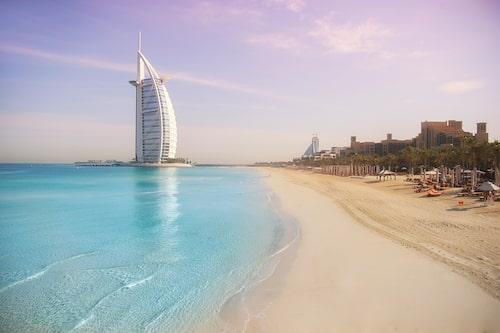 Burj Al Arab är ett av världens lyxigaste hotell.