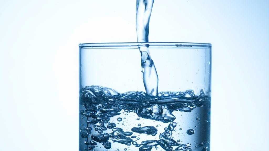 Vatten – en viktig komponent när man dricker whisky.