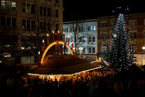 """Birminghams julmarknad är den största """"tyska"""" julmarknaden utanför Tyskland och Österrike."""