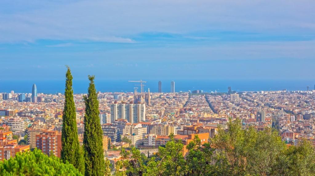 Barcelona lider av ett udda problem: staden är alldeles för omtyckt.